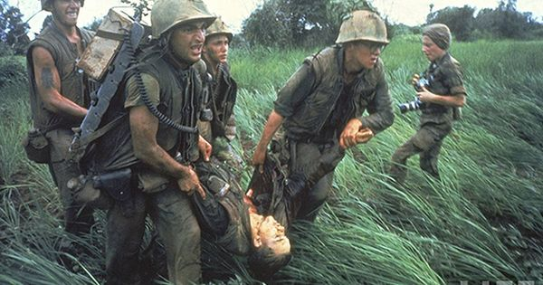 soldier carry their dead  rade   rare gruesome photos