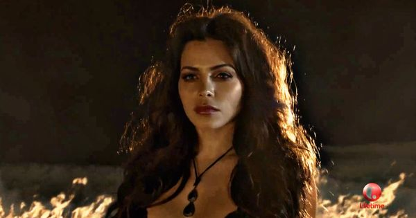 Watch Jenna Dewan's new Witches of East End clip! # ...