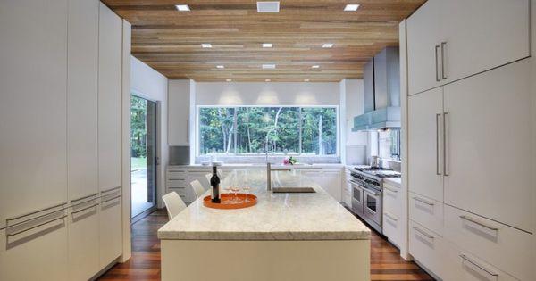 Pin By Abbey Garcia On Cool Home Ideas Interior Design Kitchen White Kitchen Design Contemporary Kitchen Design