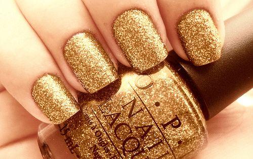 Sparkle nail Polish!!