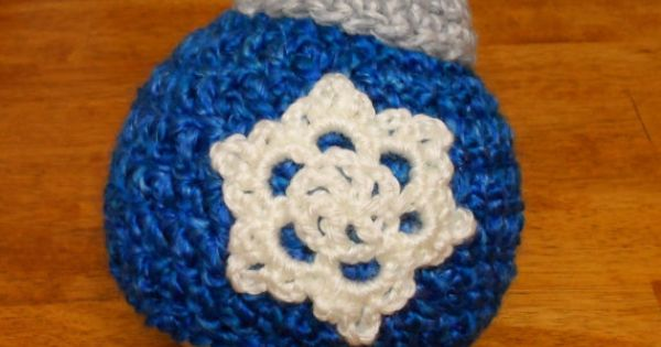 Uk Crochet Terms : Christmas Ornament Beanie - Crochet Pattern 40 - us or uk Terms ...