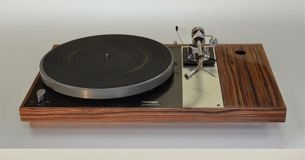 platine vinyle thorens td160mkii habillage plaqu de palissandre et bois de rose matthieu. Black Bedroom Furniture Sets. Home Design Ideas