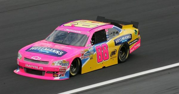 cole whitt drove a pink car for dale earnhardt jr 39 s jr. Black Bedroom Furniture Sets. Home Design Ideas