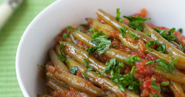 Fasolakia (Green Bean Stew) is made with the freshest tomato sauce ...
