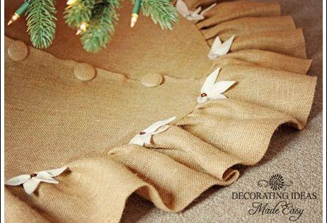 diy burlap tree skirt | to share an easy Christmas tree skirt