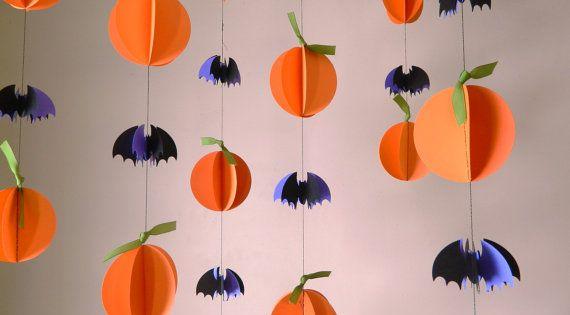 20 d corations d 39 halloween etsy guirlande en papier chauve souris et origami. Black Bedroom Furniture Sets. Home Design Ideas