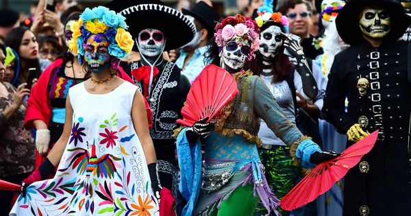 In Mexico City Face Paint And Fanfare Pave Way For Day Of The Dead