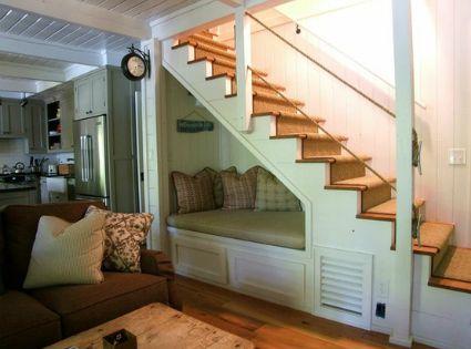 Ideas para decorar huecos de escalera perfect for my basement hogar pinterest - Huecos de escalera ...