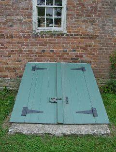 Diy Bulkhead Doors Omg We Re Buying A House