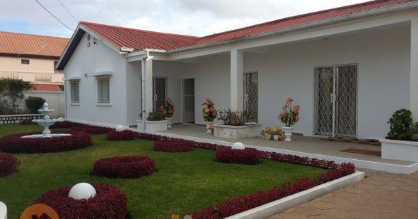 Villa basse f5 avec jardin louer ivandry dans for Villa basse avec jardin