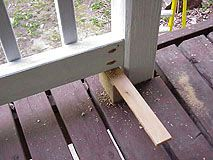 How To Build A Basic 2x4 Handrail For A Deck Or Balcony Deck Stair Railing Deck With Pergola Handrail