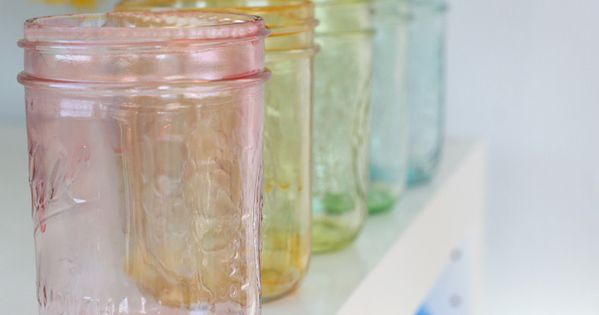 Tutorial for rainbow tinted mason jars using food coloring by momtastic. masonjars