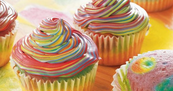 Seriously fun tie dye cupcakes. cupcakes cake birthday rainbow tie_dye fun kids