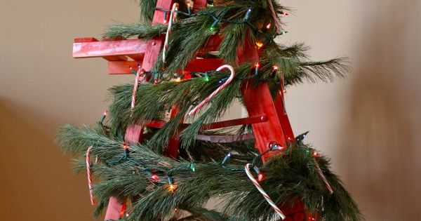 15 non traditional christmas tree ideas traditional for Non traditional christmas tree ideas