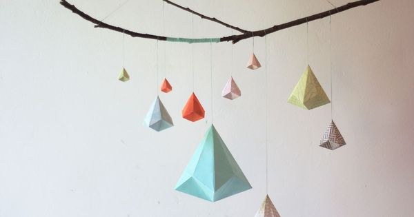 Mobile origami d coration murale mobile pinterest for Decoration murale origami
