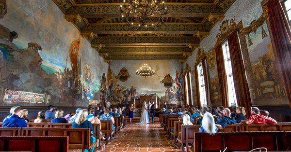 Jennifer and chris santa barbara courthouse mural room wedding photos santabarbara weddings for Mural room santa barbara