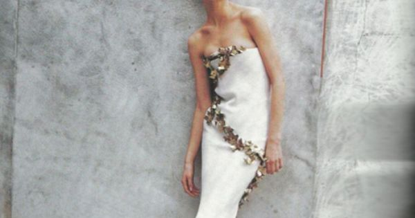 shalom harlow - givenchy haute couture '97