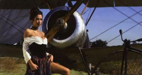 Hot Girls And Planes Aircraft Mechanic Pinterest