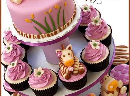 Baby Safari Animal Tower by Natty-Cakes (Natalie), via Flickr---love--dawnyelle george