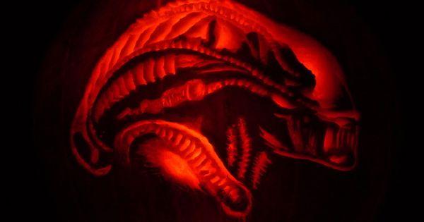 Alien xenomorph jack o lantern witch please for Alien pumpkin pattern