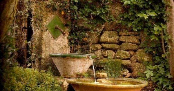Cascade et fontaine de jardin 69 d co pour les moments de relaxe vintage - Cascade de jardin castorama lyon ...