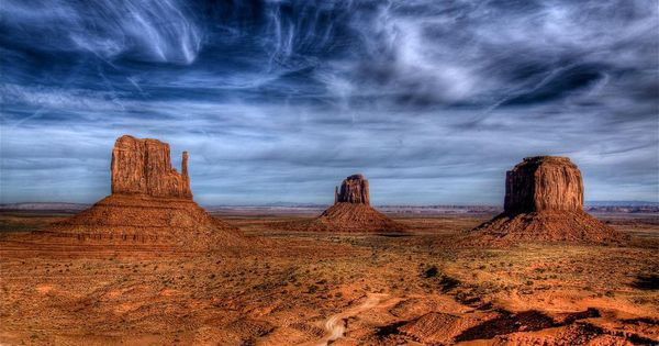 the mittens in monument valley arizona az utah ut colorado co new mexico nm four corners. Black Bedroom Furniture Sets. Home Design Ideas