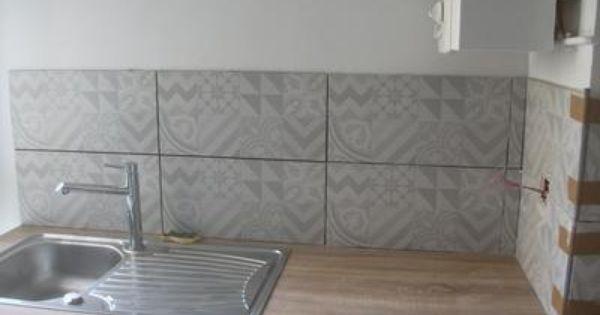 Photo envoy e par l utilisateur carrelage cuisine for Carrelage mural cuisine gris
