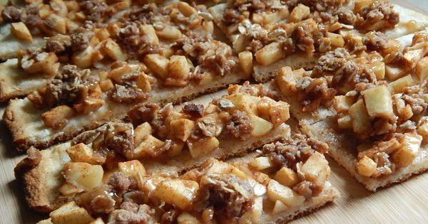 Caramel apple crisp pizza fingers – Drizzle Me Skinny! | Desserts ...