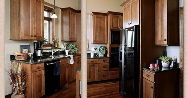 Toffee missionary oak kitchen cabinets with ebony glaze for Autumn shaker kitchen cabinets