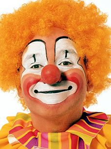 Funny Clown Faces Meant To Cheer Young Patients Actually Terrify Them Clowns Funny Clown Faces Clown