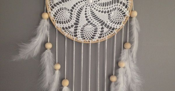 Attrape r ves dreamcatcher attrapeur de r ves en dentelle plumes et perles bois crochet - Attrape reve crochet ...