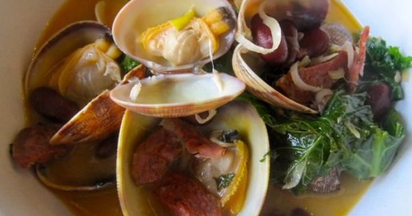 Steamer clams, chorizo, red beans & kale from the Hog Island Oyster Co ...