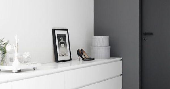 Kleine slaapkamer kledingkast dressoir in de slaapkamer nig wonen to sleep in pinterest - Kledingkast en dressoir ...