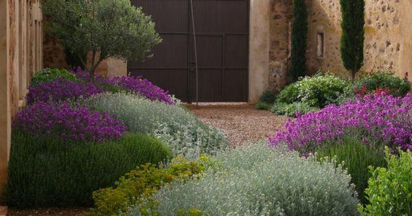 mediterraner garten hinterhof gestalten ideen garten pinterest gardens garden ideas and. Black Bedroom Furniture Sets. Home Design Ideas