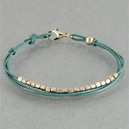 Handmade Bracelet Ideas & Collections | Simple bracelets ...