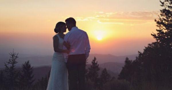 Pioneer Lodge At Bogus Basin Mountain Resort Perfect Wedding Location Boise Idaho Wedding Photo Inspiration Wedding Vows Renewal Wedding Photos