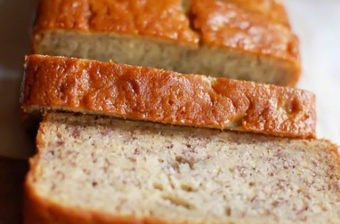 {Super Moist Banana Bread}