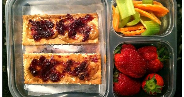 100 lunches to make using NO processed foods. Good ideas for kids