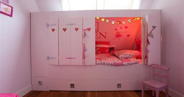 Een bedstee voor een heel leuk meisje deco pinterest hakken for Photo deco slaapkamer meisje