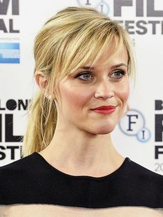 Reese Witherspoon Side Swept Bangs And Ponytail Google Search Hair Photo Hair Styles Long Hair With Bangs
