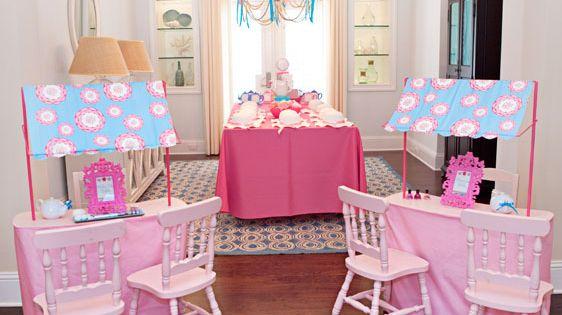 Krista Dettlaff auntie Lauren will definitely do this for the little one!