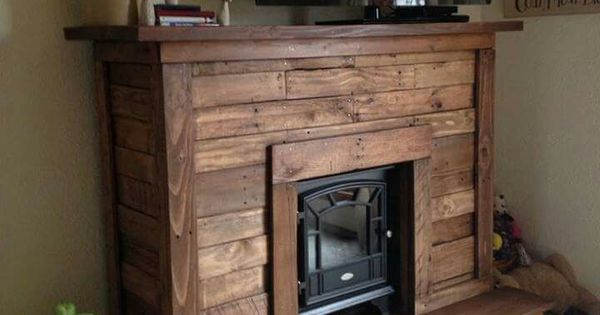 Pallet fireplace | Pallet/Wood Work | Pinterest | More ...