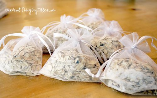DIY oatmeal soap bag - for dry/sensitive skin, eliminate fragrance/oils. Leave one