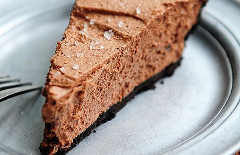 Baileys Salted Caramel Chocolate Pie recipe dessert pie