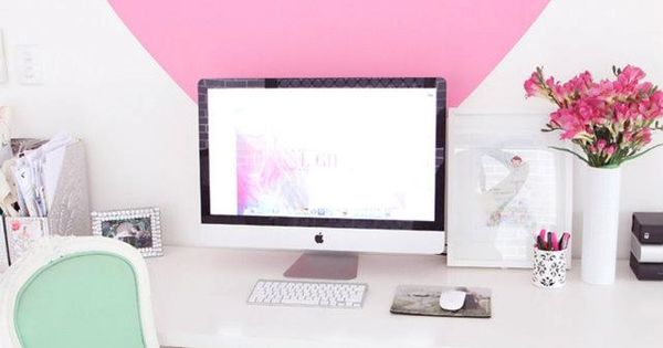 Loving this big pink heart to punch up a home office. wall
