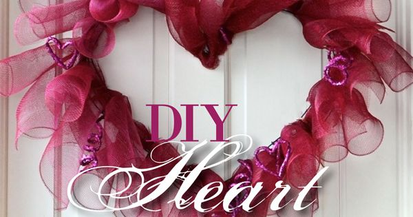 other deco mesh wreath techniques | Making a Valentine Heart Wreath with