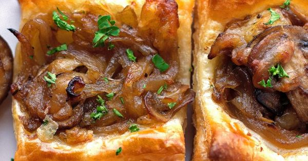 Mushroom, & Caramelized Onion Bites | Recipe | Mushrooms, Onions ...