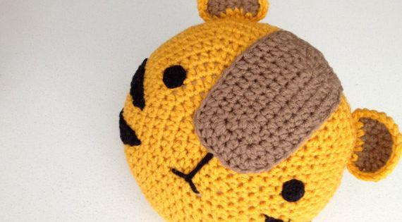 Etsy Amigurumi Patrones : Crochet Tiger Pillow por peanutbutterdynamite en Etsy ...