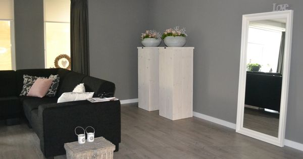 Goed idee zuilen in je woonkamer met mooie potten erop modern pinterest future house - Idee deco grote woonkamer ...