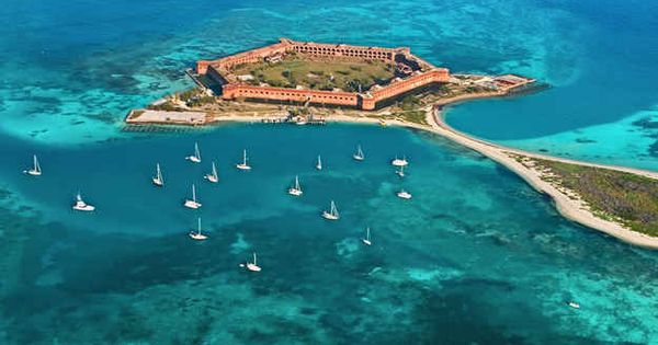 Dry Tortugas National Park, Florida | 29 Surreal Places In America You